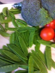 Raw veggie plate